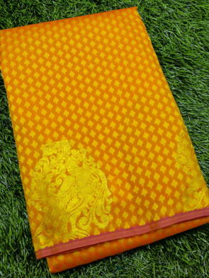 Art silk saree comes with over all body small tiny flower embose design with gold peacock butta border