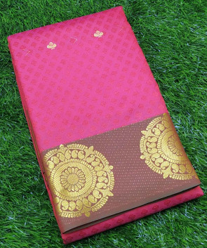 Art silk saree comes with over all body flower embose design with gold round flower butta border